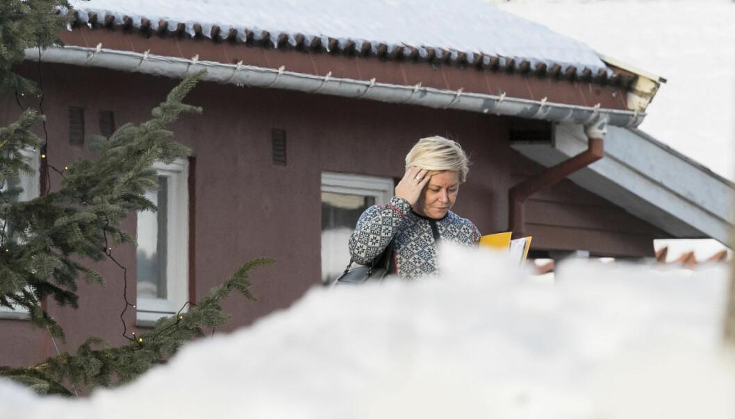 <strong>SOLID MÅLIG:</strong> Frp leder Siv Jensen på vei til lunsj på Granavolden Gjæstegiveri. Foto: Vidar Ruud / NTB scanpix