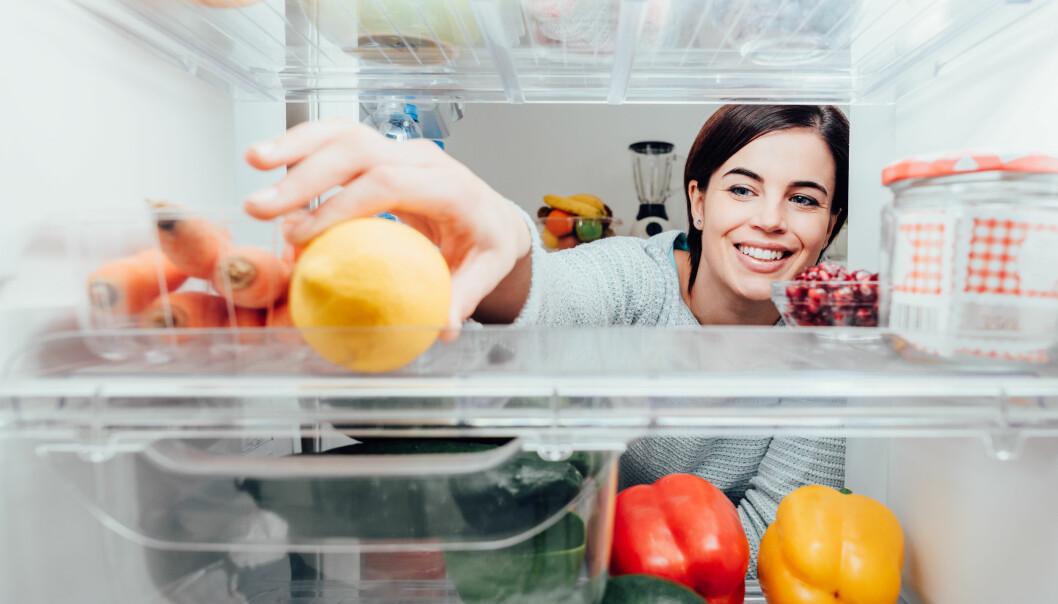 REFRIGERDATING: Refrigerdating går ut på å presentere seg selv ved å legge ut bilde av innsiden av kjøleskapet sitt, istedenfor et profilbilde av seg selv. FOTO: NTB Scanpix
