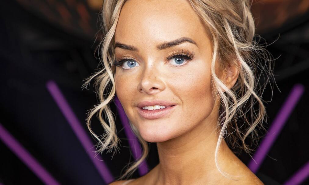 <strong>KRITISK:</strong> Toppblogger Sophie Elise Isachsen (24) synes ingenting om at TV3 har latt ekskjæresten, som også er voldsdømt, få slippe til i realityprogrammet «Paradise Hotel». Foto: Tor Lindseth/ Se og Hør