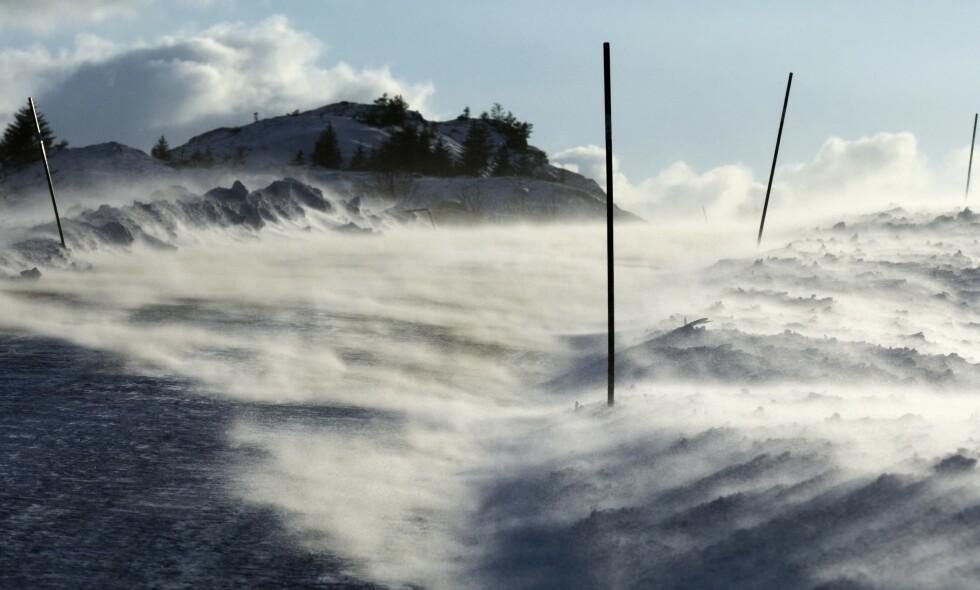 VENTER STORE SNØMENGDER: Meteorologen har sendt ut farevarsel på store snømengder. Illustrasjonsfoto: Thorfinn Bekkelund / Samfoto / NTB Scanpix