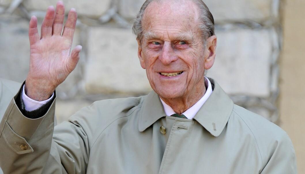 BEKLAGER: Prins Philip har holdt en lav profil etter bilulykken tidligere denne måneden. Nå tar han bladet fra munnen. Foto: NTB Scanpix