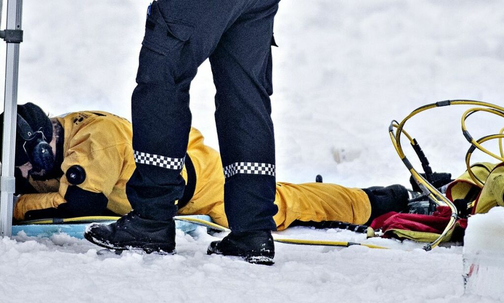 image: Politiet: - Har funnet gjenstander i Langvannet