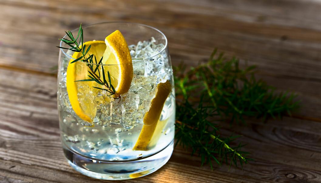 ALKOHOLFRI DINRK: Hva med å bestille en alkoholfri drink neste gang du er ute? FOTO: NTB Scanpix