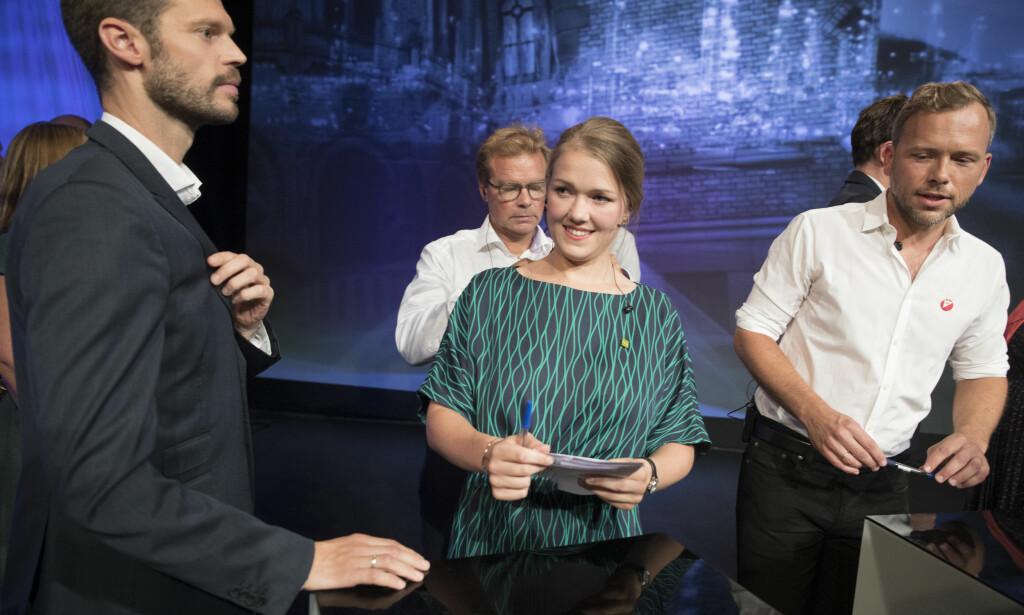 Fosser fram: Bjørnar Moxness (Rødt) t.v. Her med Une Bastholm (De Grønne) og Audun Lysbakken (SV)  etter partilederdebatten i Arendal. Foto: Terje Pedersen / NTB scanpix