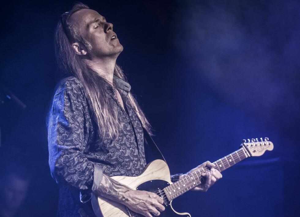VAMP-PAUSE: Når Bjørn Berge har pause fra Vamp, spiller og turnerer han med Bjørn Berge Electric Band. Foto: Inger Staveland