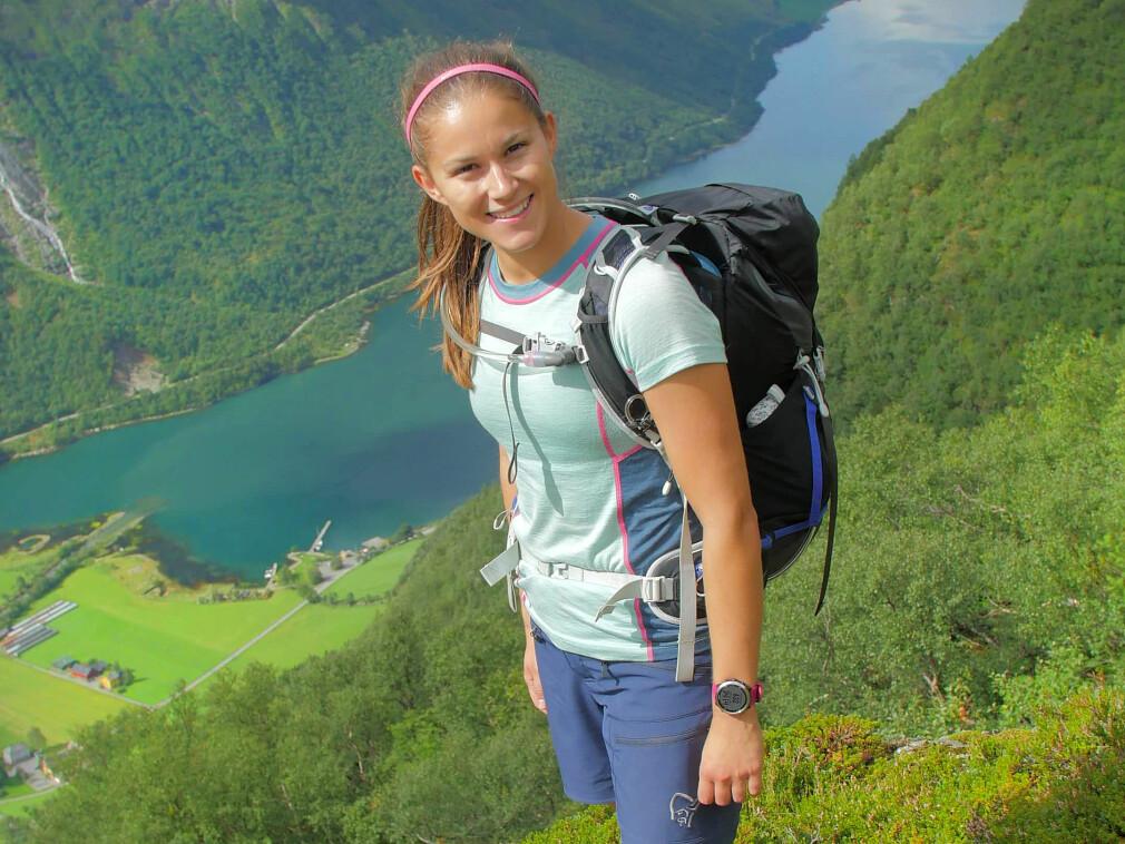 Ukas Koder Marte Tårnes jobber med sikkerhet i Capgemini. Og på fritida liker hun friluftsliv. 📸: Privat