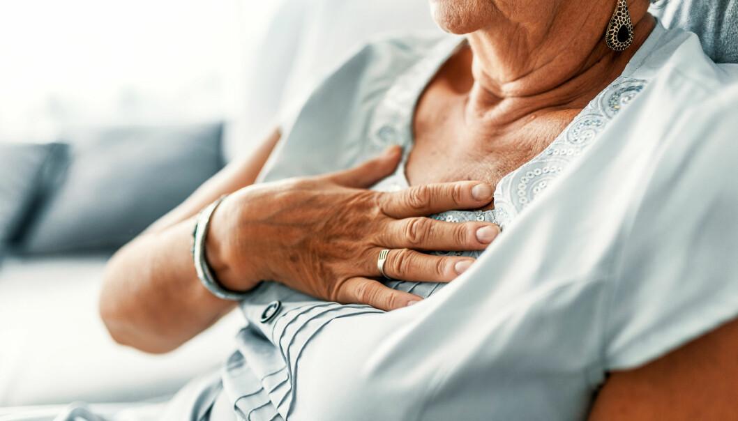 <strong>HJERTEBANK:</strong> Typiske symptomer på hjerteflimmer eller atrieflimmer, er uregelmessig og ofte høy puls. Tilstanden kan behandles. Foto: Shutterstock
