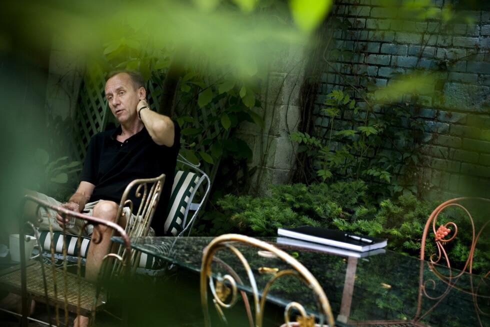 STOR STILIST: Håkan Nesser er den store stilisten i svensk kriminallitteratur. Han skriver også romaner uten krimintrige. En rekke av hans bøker er blitt filmatisert både for kino og TV. Foto: Chris Maluszynski /MOMENT