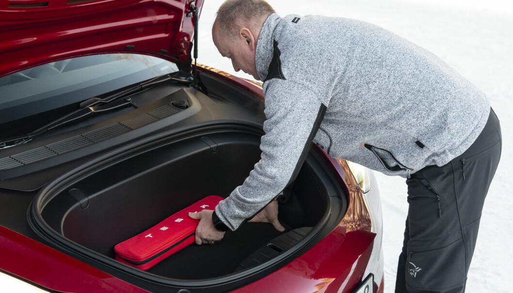 FRUNK: Plassen i bagasjerommet foran er også svært god. Foto: Jamieson Pothecary