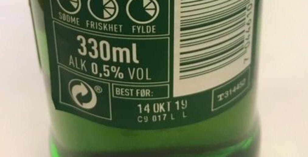 ETIKETTEN: Dette er ølen som trekkes tilbake. Den er merket med best før 14. oktober 2019. Foto: Ringnes