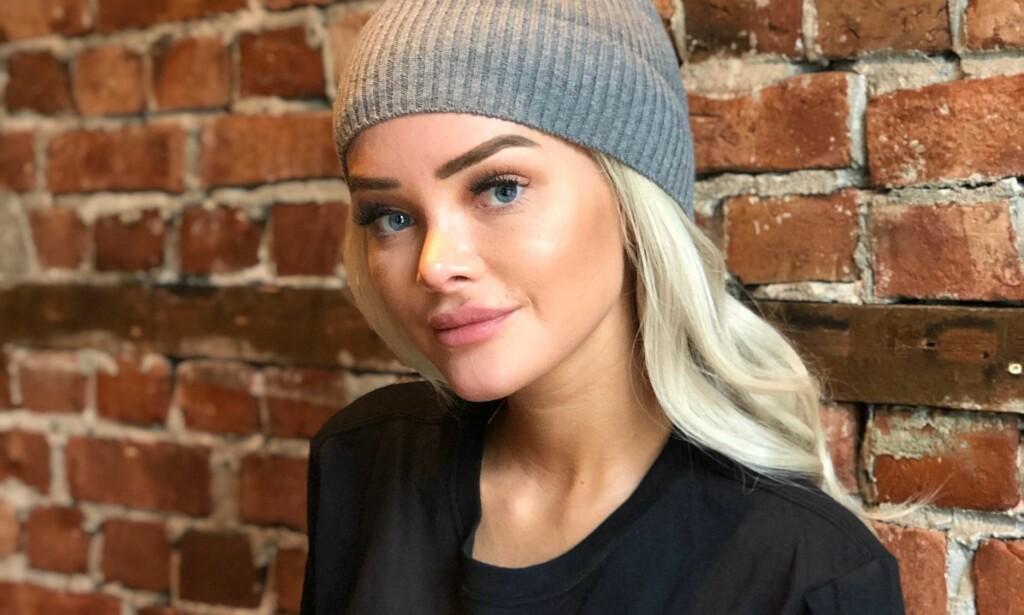 MEDIADRONNING: Sophie Elise Isachsen er en av landets mest kjente bloggere og influensere. Hun figurerer ofte i avisene, og skal nå igjen til med nok en runde på tv-skjermen. Kameraene får følge det aller meste, men sånn har det ikke alltid vært. Foto: Ruben Pedersen