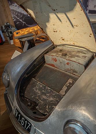 <strong>FRUNK:</strong> Porsche hadde bagasjeplass under panseret - lenge før Tesla ... Foto: Paal Kvamme