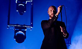<strong>SJEFEN:</strong> Vokalist Sivert Høyem er sjefen i Madrugada - og i Oslo Spektrum. Foto: Frank Karlsen / Dagbladet