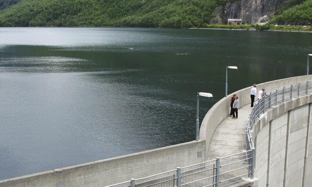 image: Dagbladet mener: Norge er tjent med kraftkabler til utlandet