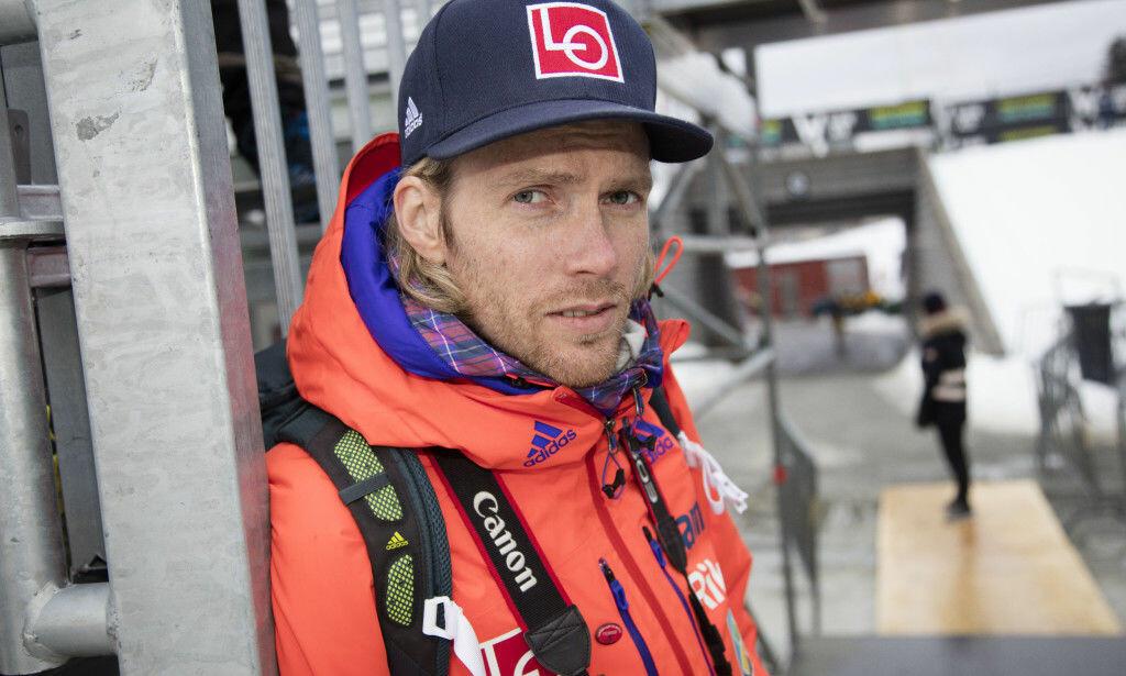 TRIST: Bjørn Einar Romøren minnes Nykänen som en unik skihopper. Foto: Geir Olsen / NTB Scanpix