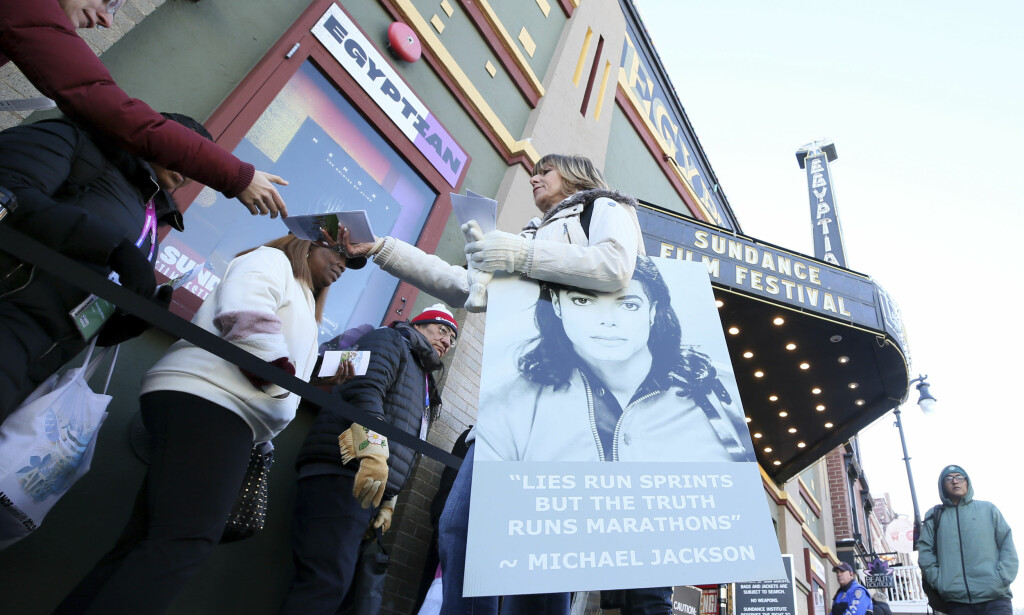 SINT: The campaigner and Michael Jackson attend Catherine Van Tighem; protest against the documentary