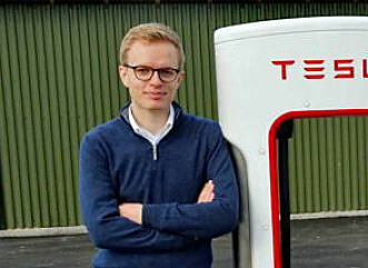 ANERKJENNELSE: Komminkasjonssjef i Tesla Norge, Even Sandvold-Roland sier Musk setter pris på det norske engasjementet. Foto: Henrik Skolt / NTB Scanpix
