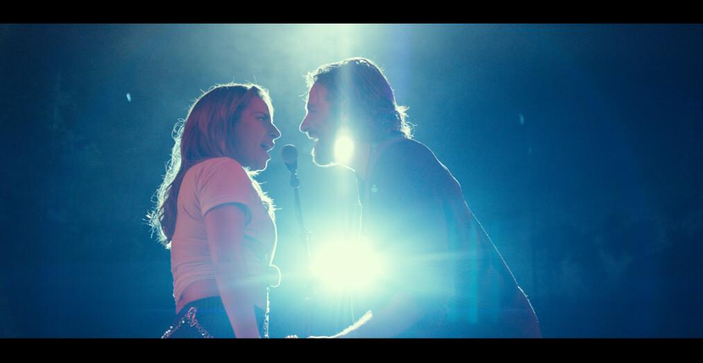 <strong>SUKSESS:</strong> I «A Star is Born» bytter Lady Gaga og Bradley Cooper roller - han spiller musiker, mens hun prøver seg som skuespiller. Filmen er nominert til hele sju Oscar-priser. Foto: SF Studios