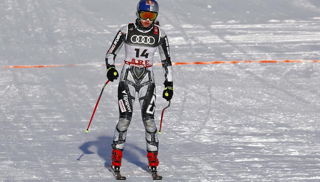 <strong>FALL:</strong> Ester Ledecká var ikke fornøyd etter den første utforgjennomkjøringen. Tirsdag skal hun forsøke å forsvare OL-gullet i super-G. Foto: NTB Scanpix