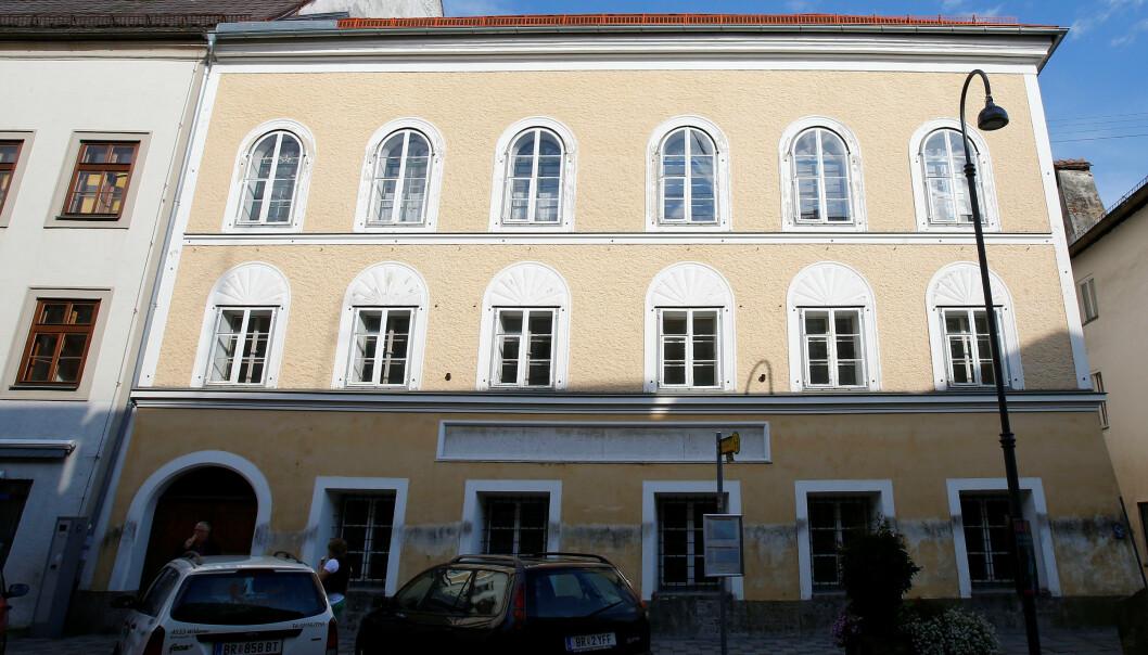 Hitlers fødehjem i Braunau am Inn. Foto: REUTERS/Dominic Ebenbichler/File Photo