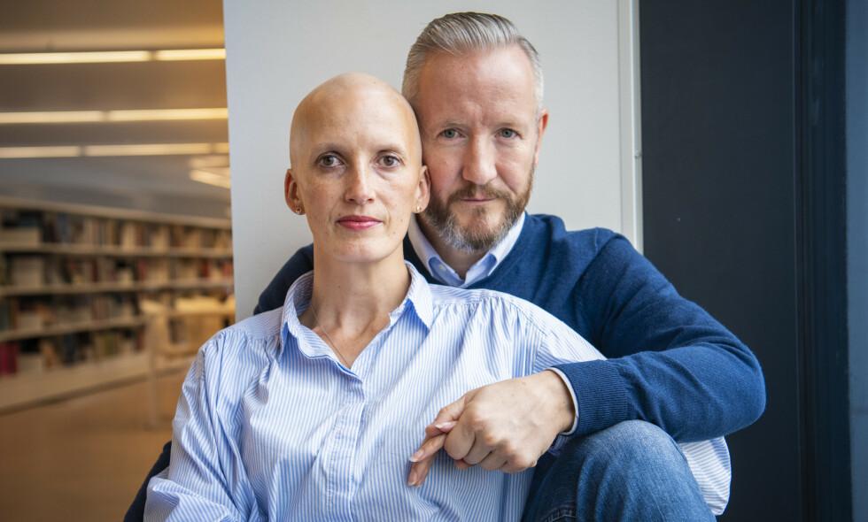 STÅR SAMMEN: Geir Magne og kona Bente Haukås fikk livet snudd på hodet da sistnevnte fikk påvist aggressiv brystkreft. Foto: Lars Eivind Bones / Dagbladet