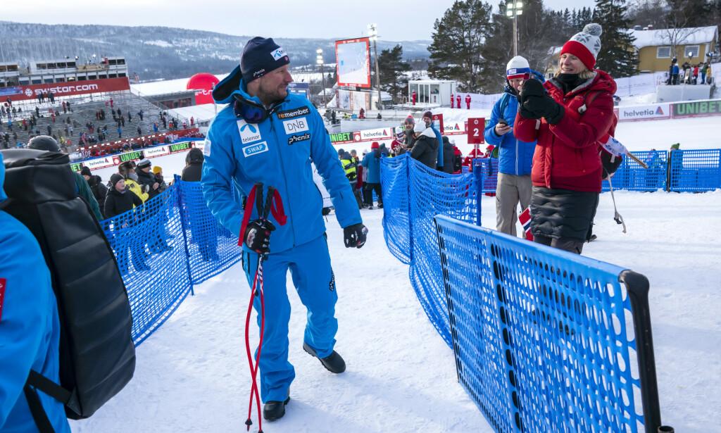 SKUFFET: Aksel Lund Svindal var ikke fornøyd med gårsdagens super-G. Nå skal han mobilisere for det siste løpet i karrieren. Foto: NTB Scanpix
