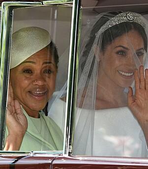 <strong>MOR OG DATTER:</strong> Meghan og moren Doria har holdt den gode kontakten selv om hun er blitt hertuginne. Her kom de sammen til bryllupet i mai. Foto: NTB Scanpix