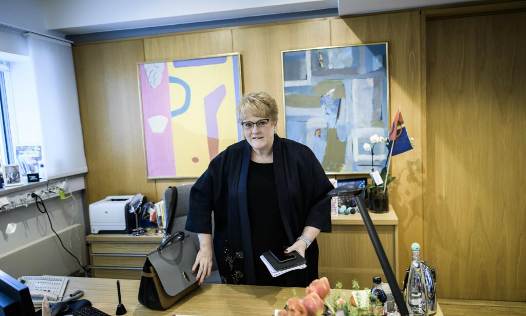 KRITISERES: Men kulturminister og Venstre-leder Trine Skei Grande sier hun ikke har vurdert sin stilling. Foto: Lars Eivind Bones / Dagbladet