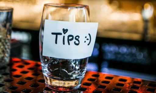 image: Hva er «fordelene» med å skattlegge tips, Siv?