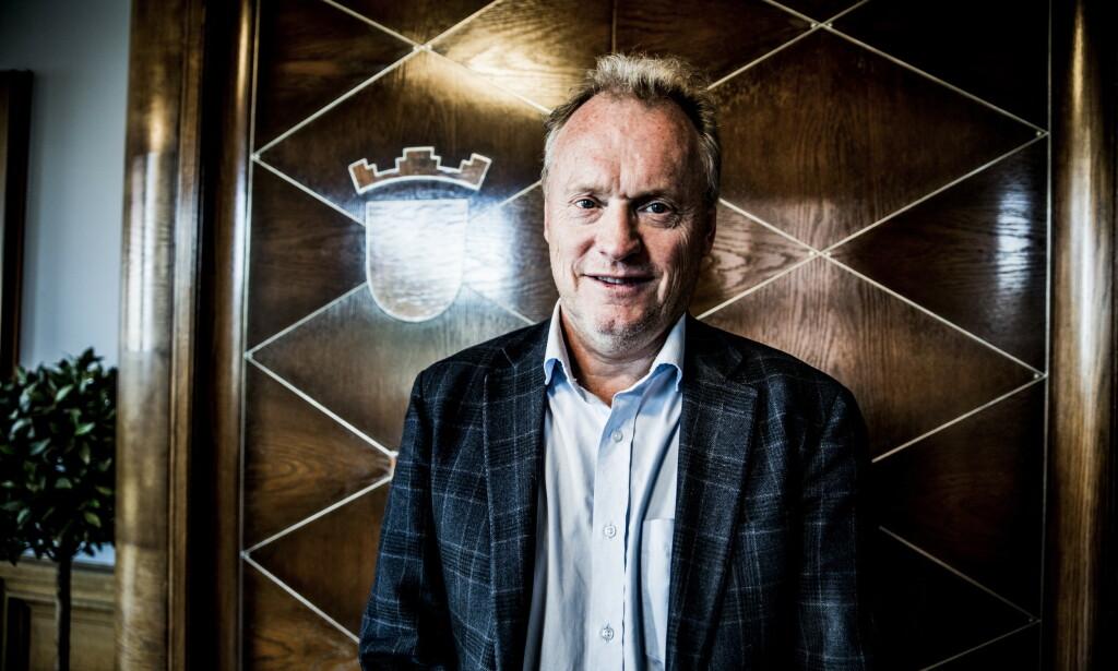 PEKER PÅ FRP: Raymond Johansen mener Frp og regjeringen kan komme med mange av løsningene for integreringsutfordringene i Oslo. Foto: Christian Roth Christensen / Dagbladet