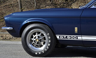 LEKKER: Carroll Shelby videreførte mye fra GT 350 i GT 500. Foto: Stein Inge Stølen