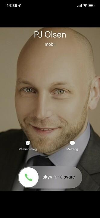 <strong>RING, RING:</strong> Når folk ringer deg på iPhone, opptar anropet hele skjermbildet. Skjermbilde: Kirsti Østvang