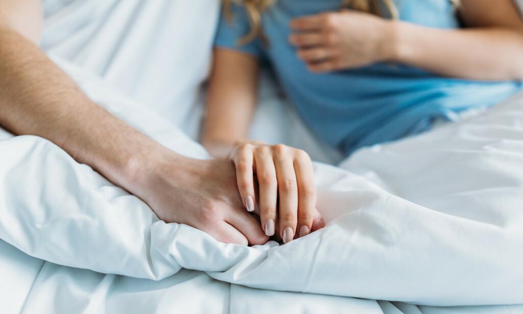 NÅR SYKDOM PÅVIRKER SEXLIVET: Det finnes mange forskjellige seksualtekniske hjelpemidler, det kan bestilles spesialtilpassede hjelpemidler og leger kan søke om dispansesjon for hjelpemidler du på egenhånd finner og mener kan gi deg et bedre seksualliv. Foto: NTB Scanpix