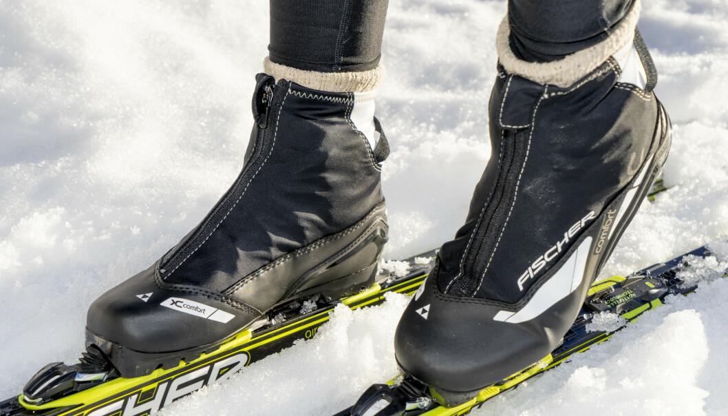 <strong>FRYSEPINN:</strong> Da er disse skoene for deg - de holder føttene varme i mange kuldegrader. Foto: Per Ervland