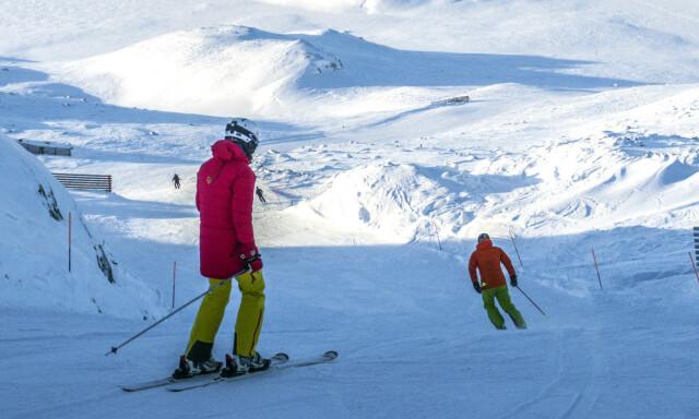 6a403a86 SLALÅMKJØRING: Bør du låne, leie eller kjøpe eget skiutstyr til  vinterferien? Dinside har