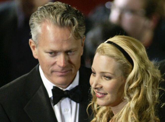 24 ÅR: Lisa Kudrow og ektemannen Michel Stern har vært gift i 24 år, noe som er lenger enn de fleste i Hollywood. Foto: NTB Scanpix