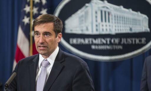VISEJUSTISMINISTER: John Demers under en pressekonferanse i Washington D.C.. Foto: Zach Gibson/Getty Images/AFP