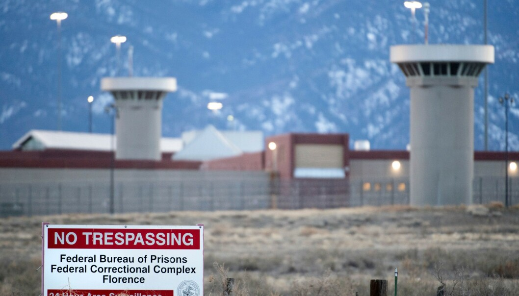 <strong>FRYKTET:</strong> United States Penitentiary Administrative Maximum Facility i Florence i Colorado regnes som det sikreste fengselet i USA. Nå kan narkobaronen Joaquin «El Chapo» Guzmán måtte sone straffen her. Foto: Jason Connolly / AFP