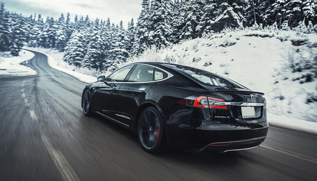 SVIKTENDE BREMSER? Etter flere meldinger om mulig bremsesvikt, vil Tesla nå undersøke saken. Foto: Tesla
