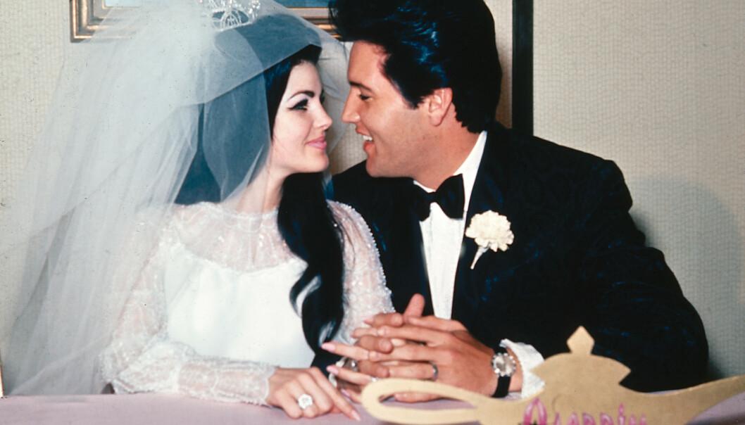 <strong>GIFT I SEKS ÅR:</strong> Priscilla og Elvis giftet seg 1. mai 1967. Her avbildet på Aladdin Hotel i Las Vegas etter bryllupet. Foto: NTB scanpix