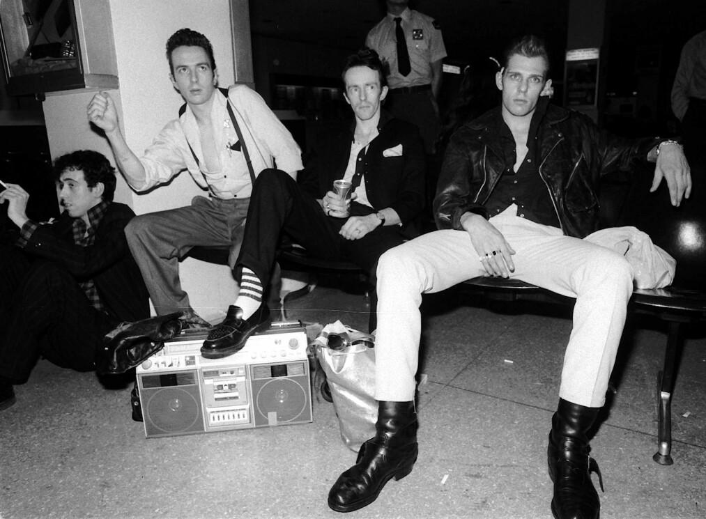 <strong>ROCK THE TROUBLES:</strong> «Trouble Songs – Music and Conflict in Northern Irland», signert den nordirske musikkjournalisten Stuart Bailie, tar for seg musikken under den lange perioden da Nord-Irland dominerte nyhetsbildet. The Clash skulle spille i Belfast, men det endte ikke med ett eneste hardt riff. Foto: NTB Scanpix