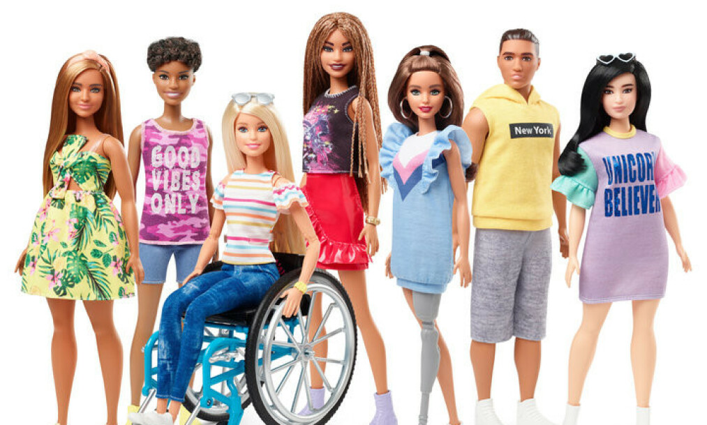 BARBIE: Denne høsten kommer den nye kolleksjonen Barbie-dokker i salg. Den kommer til å inkludere dokker med rollestol og proteser, opplyser produsenten. Foto: Mattel