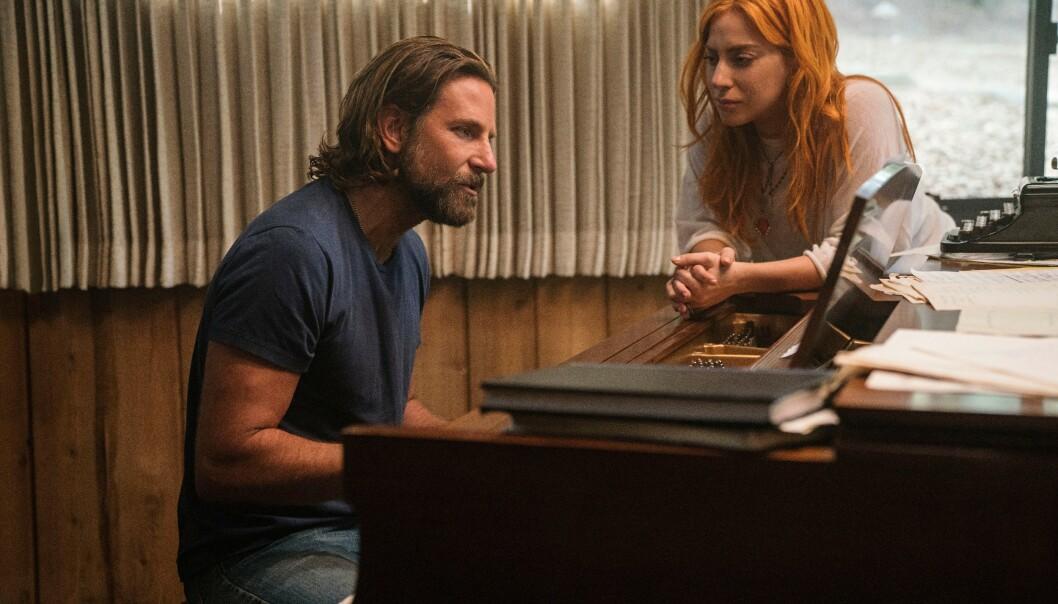 <strong>GODE VENNER:</strong> Lady Gaga og Bradley Cooper hadde en helt spesiell kjemi under filmopptak, og er blitt nære venner etter innspillingen. FOTO: NTB Scanpix