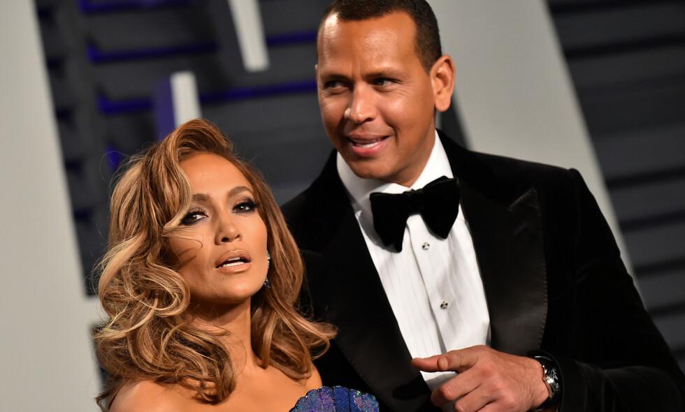 FORLOVET: Forlovelsen mellom Alex Rodriguez (43) og Jennifer Lopez (49) har vært alt annen enn romantisk. Nå beskyldes Rodriguez nok en gang for utroskap. Foto. NTB Scanpix