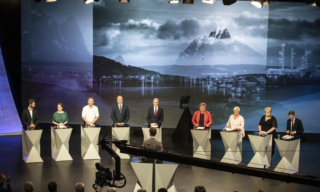 Partilederdebatt i Arendal i 2018. Fra venstre Bjørnar Moxnes, Rødt, Unde Bastholm, MDG, Audun Lysbakken, SV, Trygve Slagsvold Vedum, Sp, Jonas Gahr Støre, Ap, Erna Solberg, Høyre, Siv Jensen, Frp, Trine Skei Grande, Venstre og Knut Arild Hareide, KrF. Hareide trakk seg som partileder i vinter, og Olaug Bollestad er nå fungerende leder. Velgerne mener Trygve Slagsold Vedum er den som per nå gjør best jobb som partileder, mens Trine Skei Grande er den som gjør det dårligst. Foto: Hans Arne Vedlog/Dagbladet