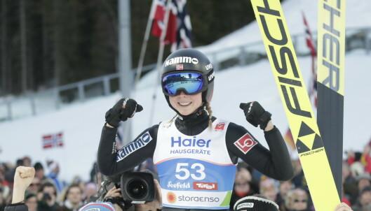 Poengdrama: Historisk VM-gull til Maren Lundby - vant med 0,5 poeng: - Veldig nervepirrende