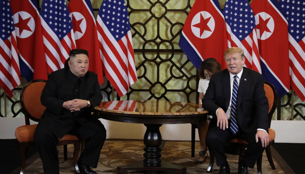 Torsdag møttes Kim Jong-un og Donald Trump til den andre og viktigste dagen under toppmøtet i Hanoi. Foto: Evan Vucci / AP / NTB scanpix