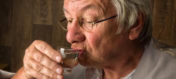 Studie: Eldre drikker mer - øker risikoen for overdose
