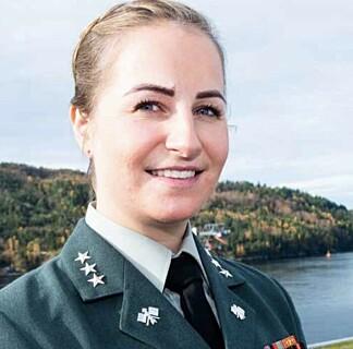 BER OM TILTAK: Kaptein Miriam Weierud leder Militært kvinnelig nettverk. Foto: Ylva Seiff Berge Forsvarets forum