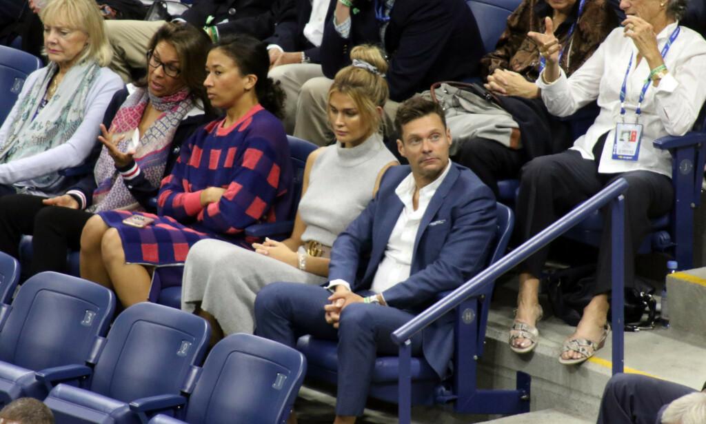 BRUDD: «American Idol»-verten skal være ledig på markedet igjen. Her er Ryan Seacrest og Shayna Taylor avbildet sammen på herrefinalen i US Open i fjor. Foto: NTB Scanpix
